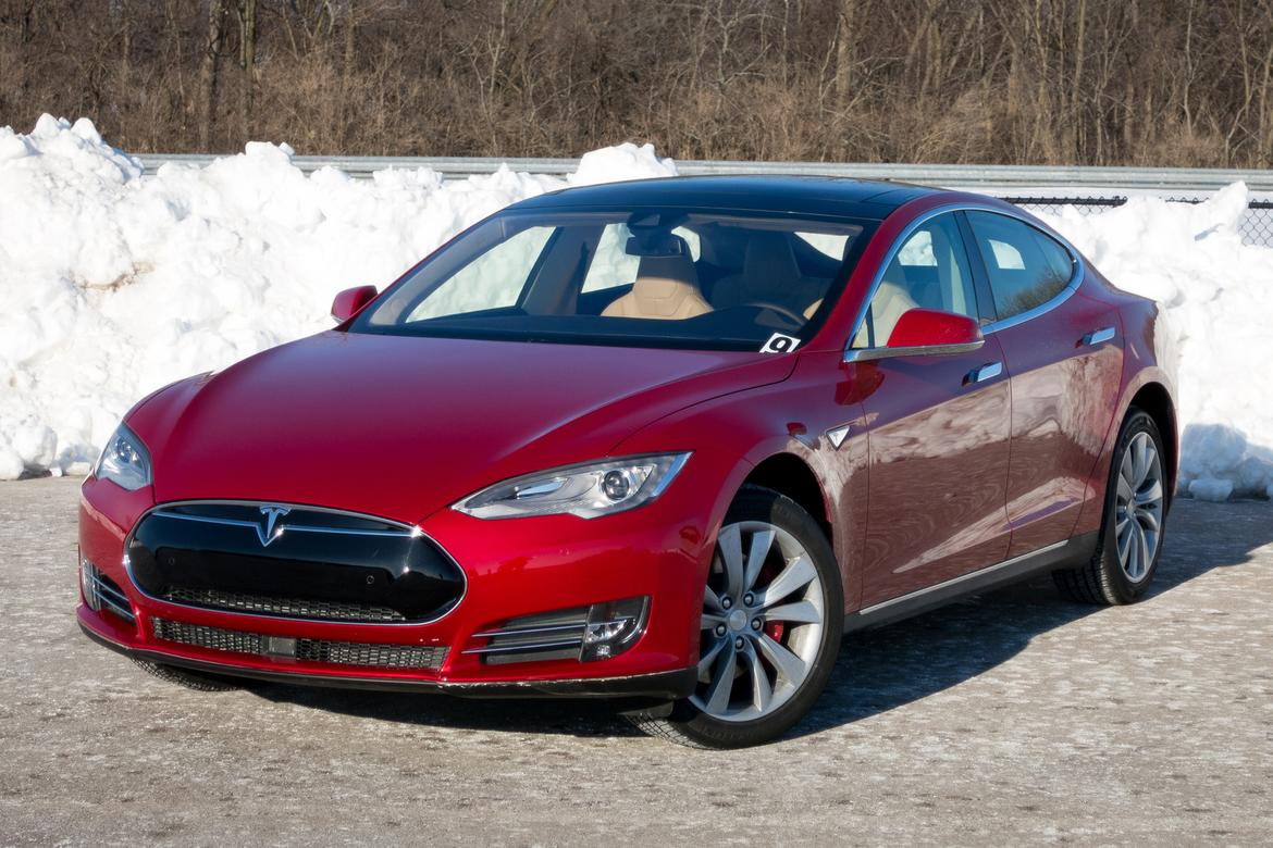 2015 Tesla Model S P85D: First Drive | News | Cars.com
