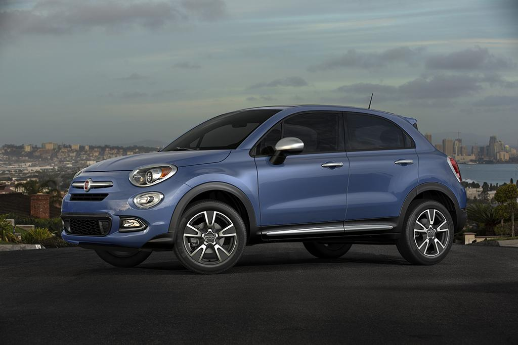 Amid Sinking Sales Fiat Launches 2018 500x Blue Sky