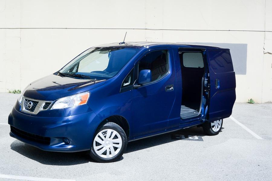 2014 nissan nv200 our review. Black Bedroom Furniture Sets. Home Design Ideas