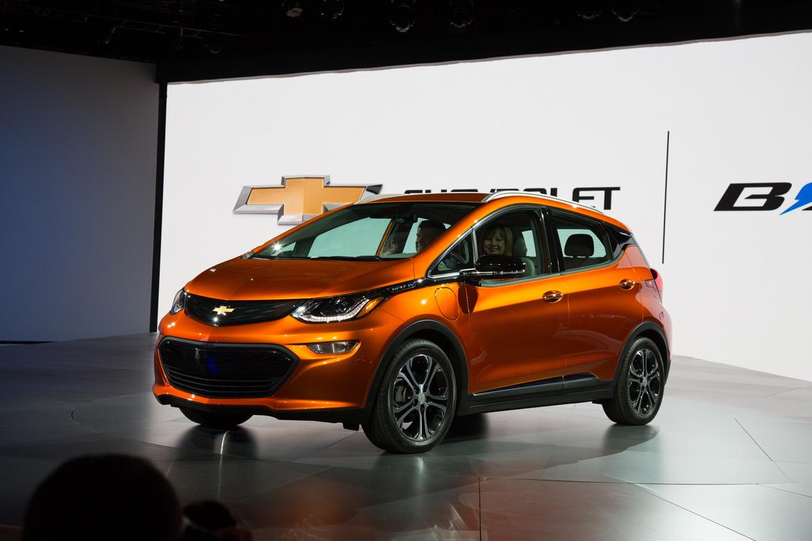 17_Chevrolet_Bolt_Netflix_And_Chill.jpg