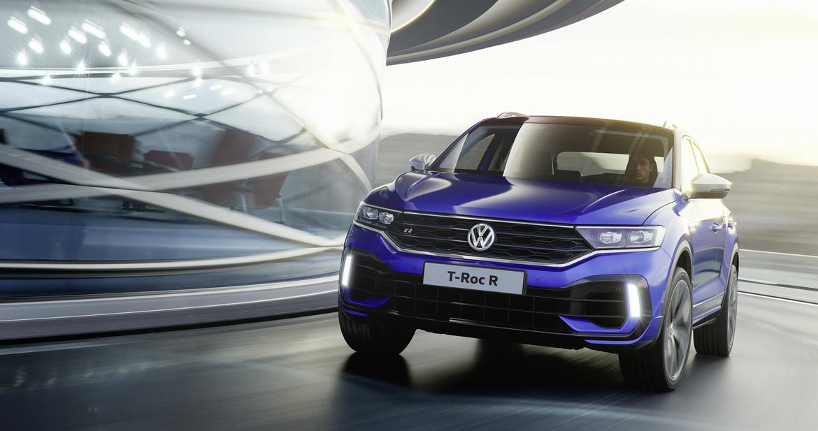01-<a href=https://www.sharperedgeengines.com/used-volkswagen-engines>volkswagen</a>-t-roc-r--angle--blue--dynamic--exterior--front.jpg