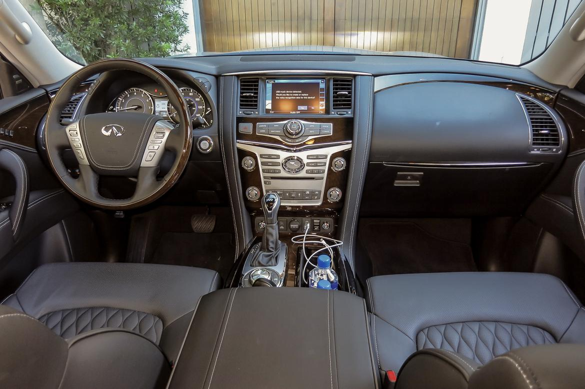 16-infiniti-qx80-2018-front row-interior-wide.jpg
