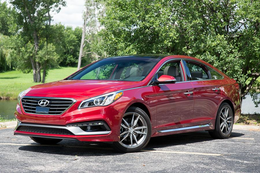 2015 hyundai sonata our review. Black Bedroom Furniture Sets. Home Design Ideas