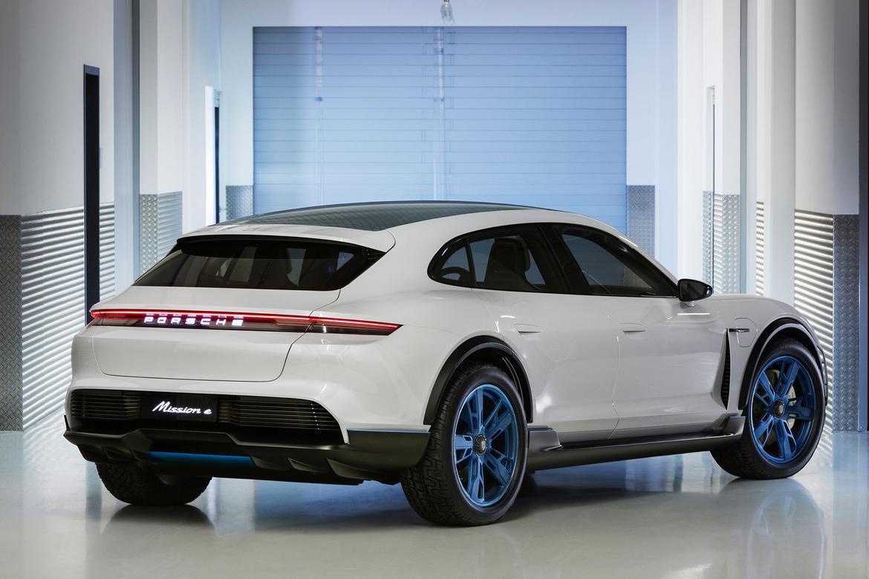 Porsche_Mission_E_Cross_Turismo.jpg