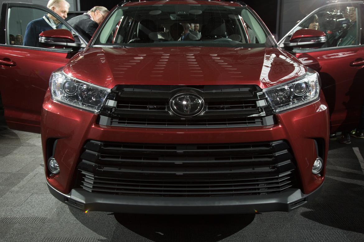 Unique 2017 Toyota Highlander First Impressions  News  Carscom