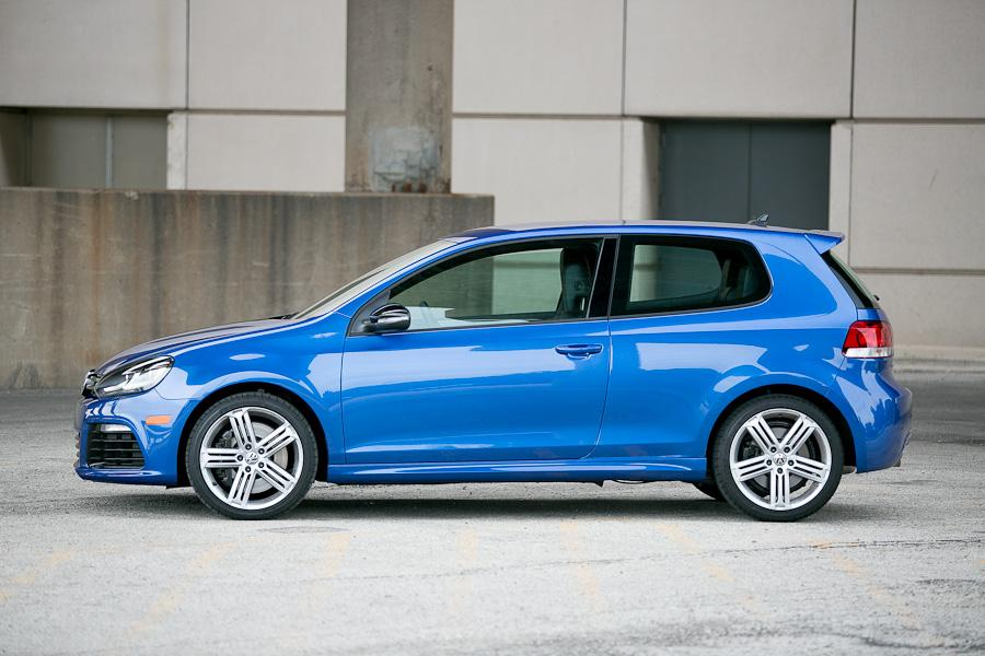 2012 volkswagen golf r - our review | cars