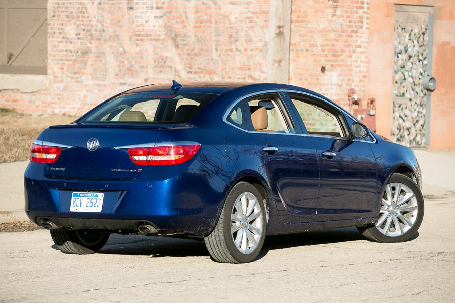 2014 buick verano our review. Black Bedroom Furniture Sets. Home Design Ideas