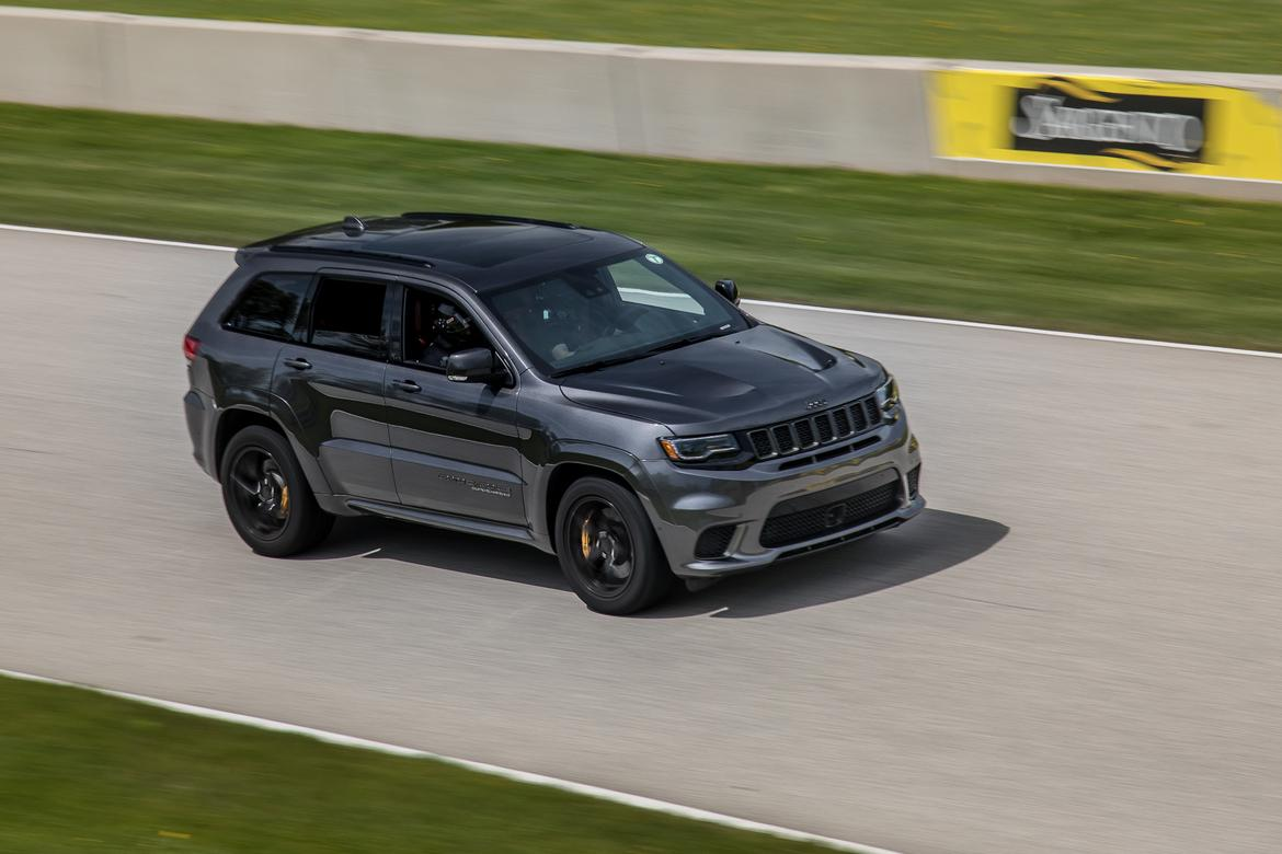 01 Jeep Grand Cherokee Trackhawk 2018 Angle  Dynamic