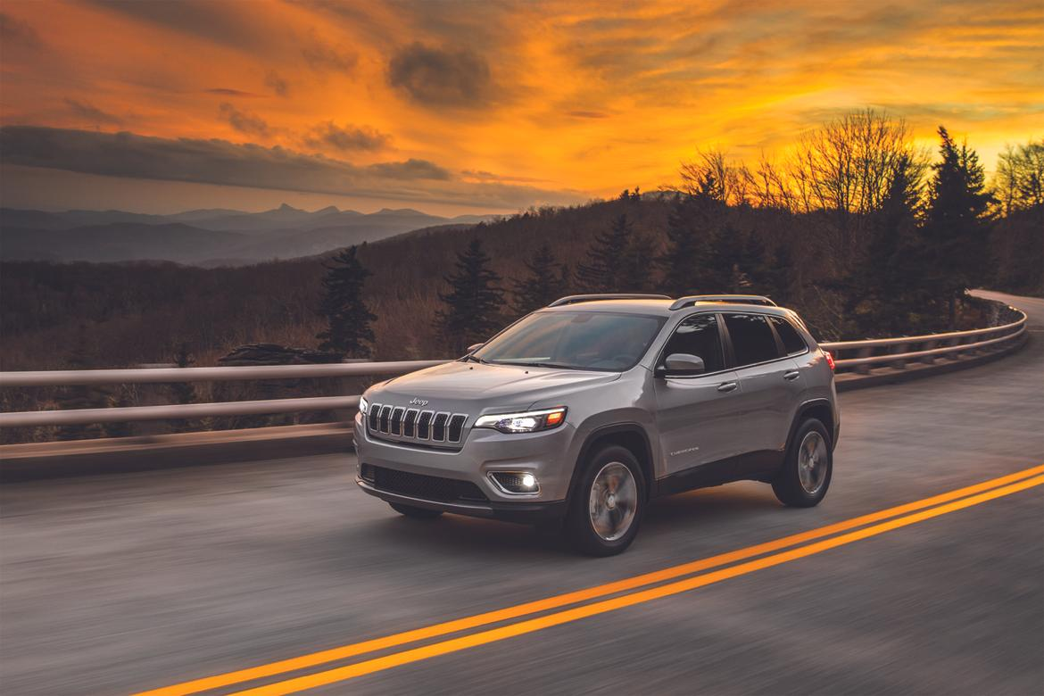 Jeep Cherokee revealed ahead of Detroit debut