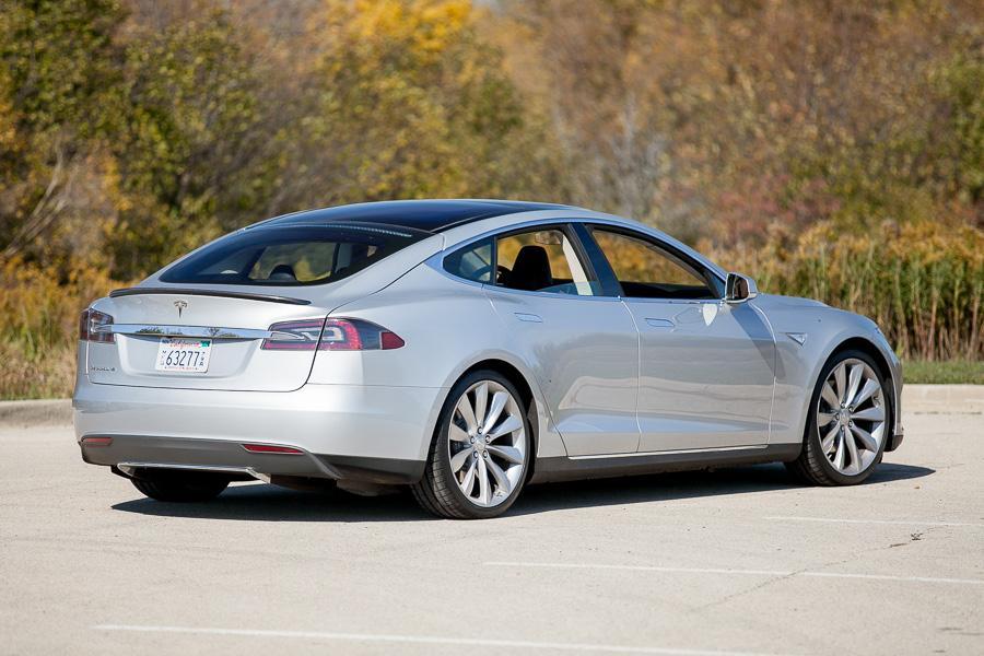 Tesla Model S Our Review Carscom - 2012 tesla model s