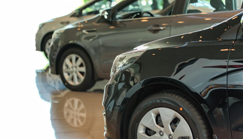 done_car-showroom-new-car-in-the-showroom-car-showroom-vehicle-a