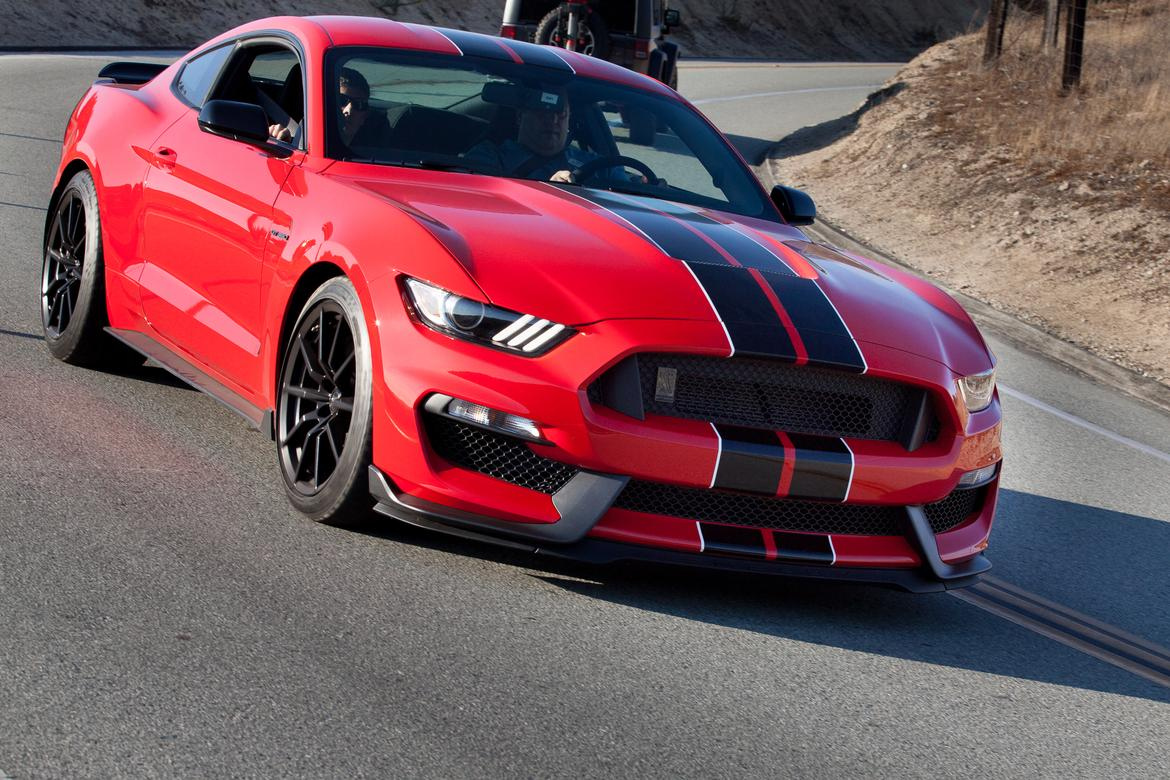 2016 ford mustang shelby gt350 first drive news. Black Bedroom Furniture Sets. Home Design Ideas