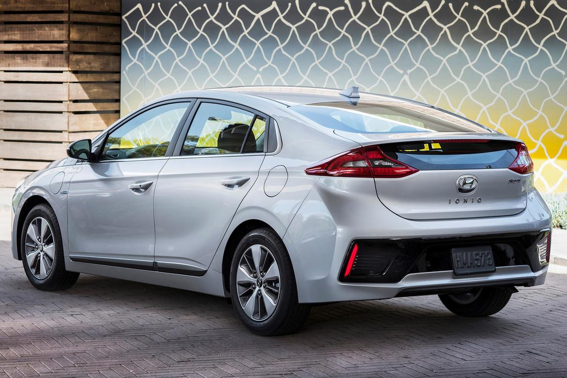 2018 Ioniq plug-In hybrid rear OEM.jpg