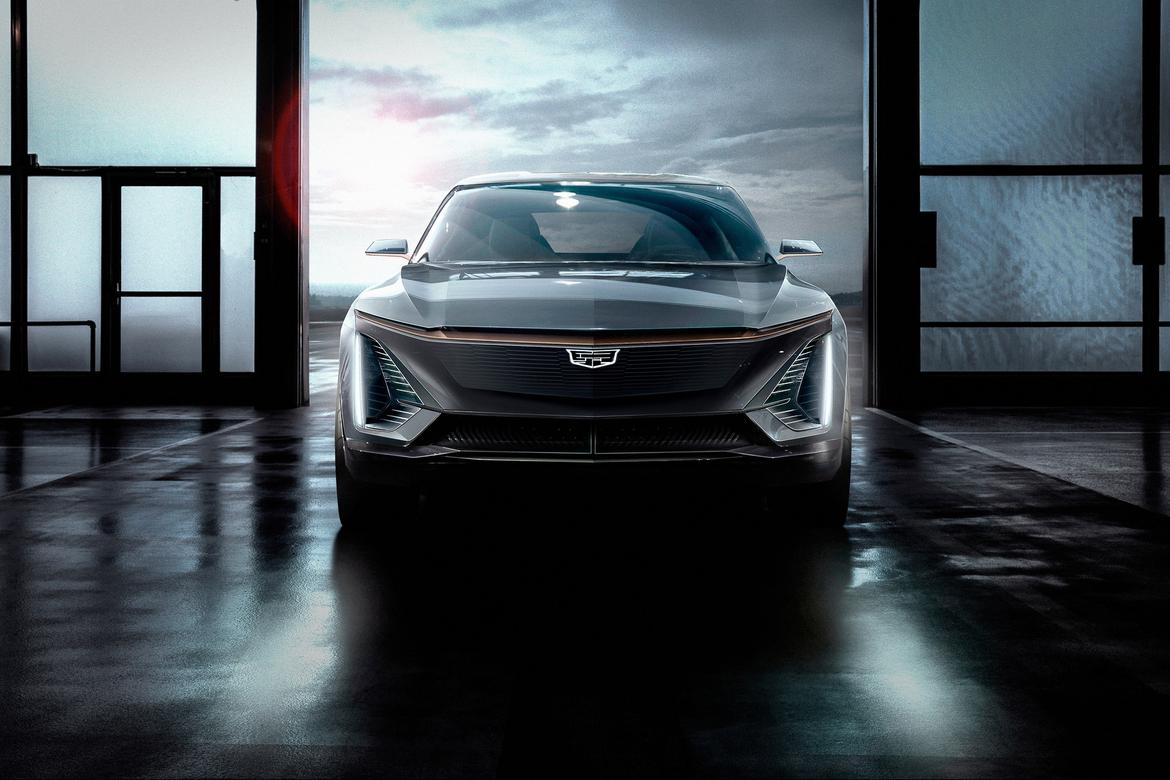 02-<a href=https://www.autopartmax.com/used-cadillac-engines>cadillac</a>-ev--exterior--front--silver.jpg