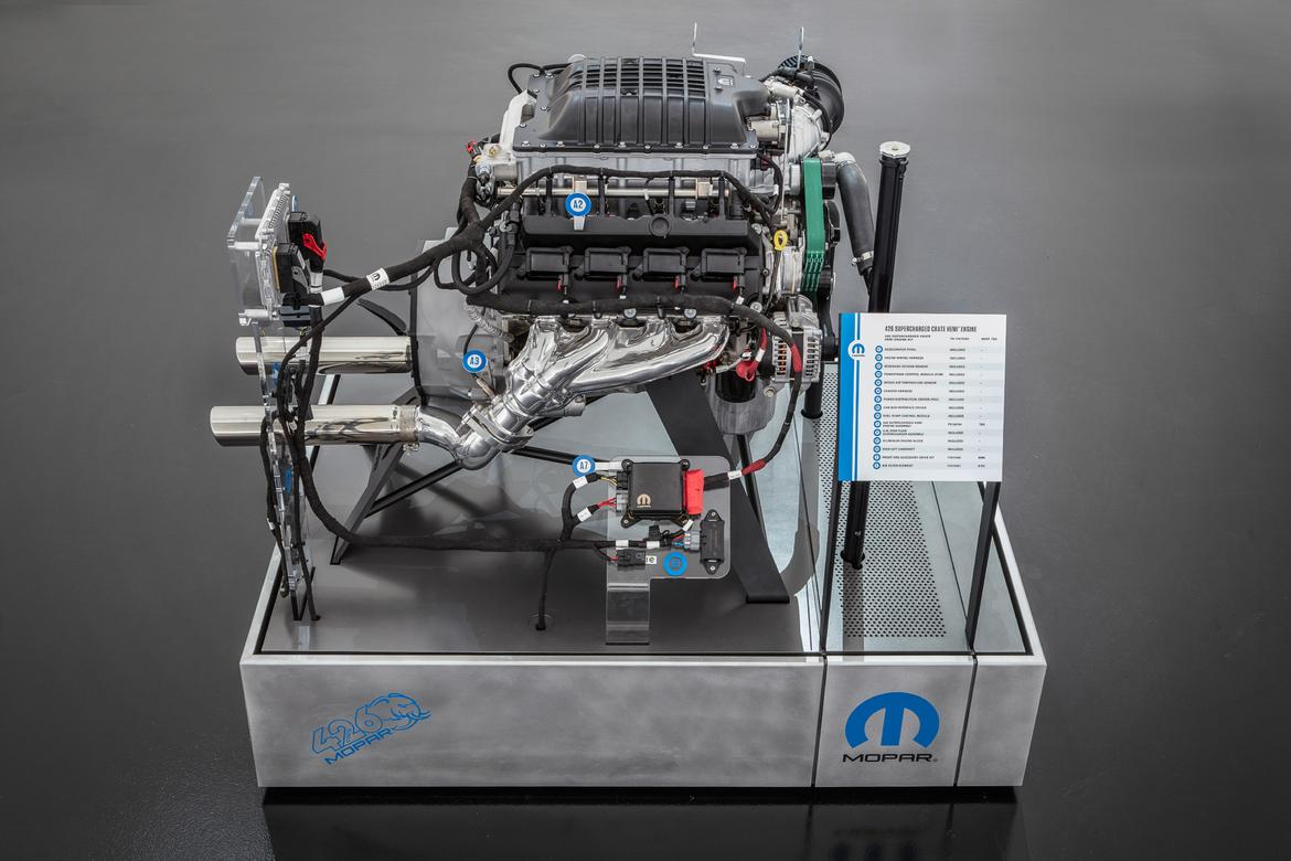 Dodge 426 Supercharged Hellephant Engine Sema 16 Motortrend
