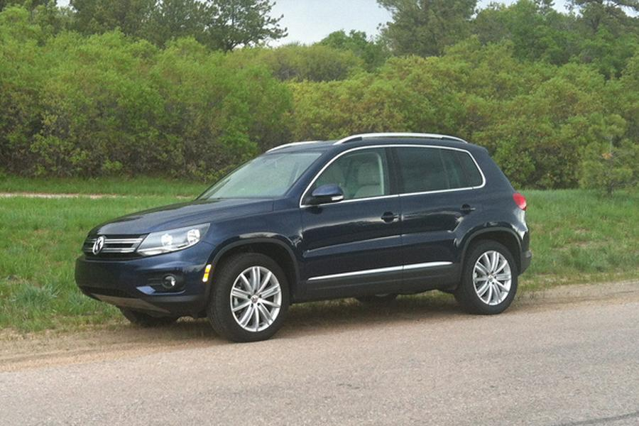 2013 volkswagen tiguan our review. Black Bedroom Furniture Sets. Home Design Ideas
