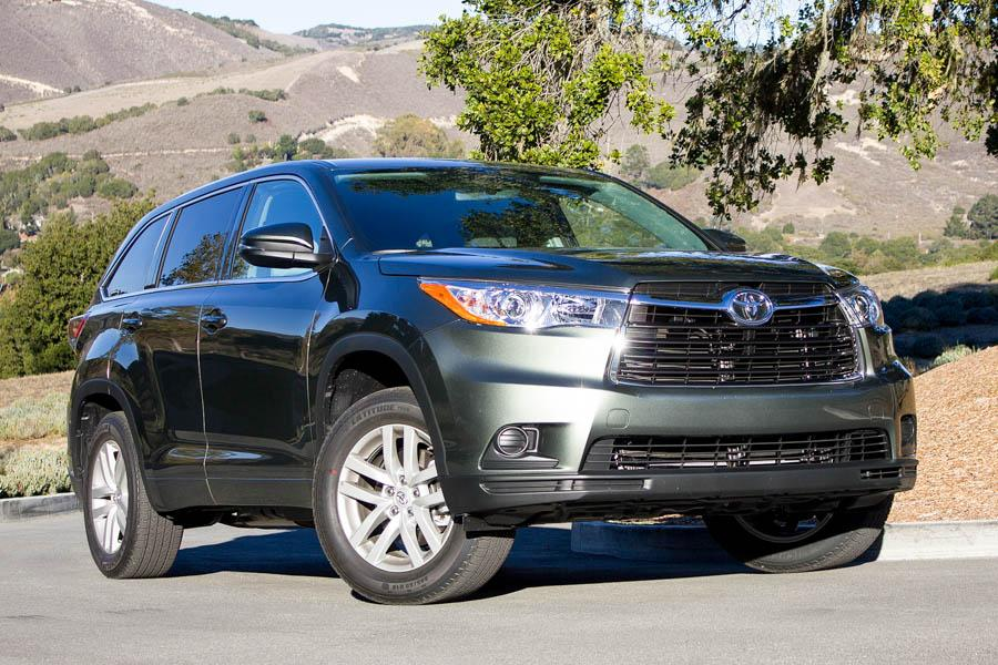 2015 toyota highlander our review. Black Bedroom Furniture Sets. Home Design Ideas