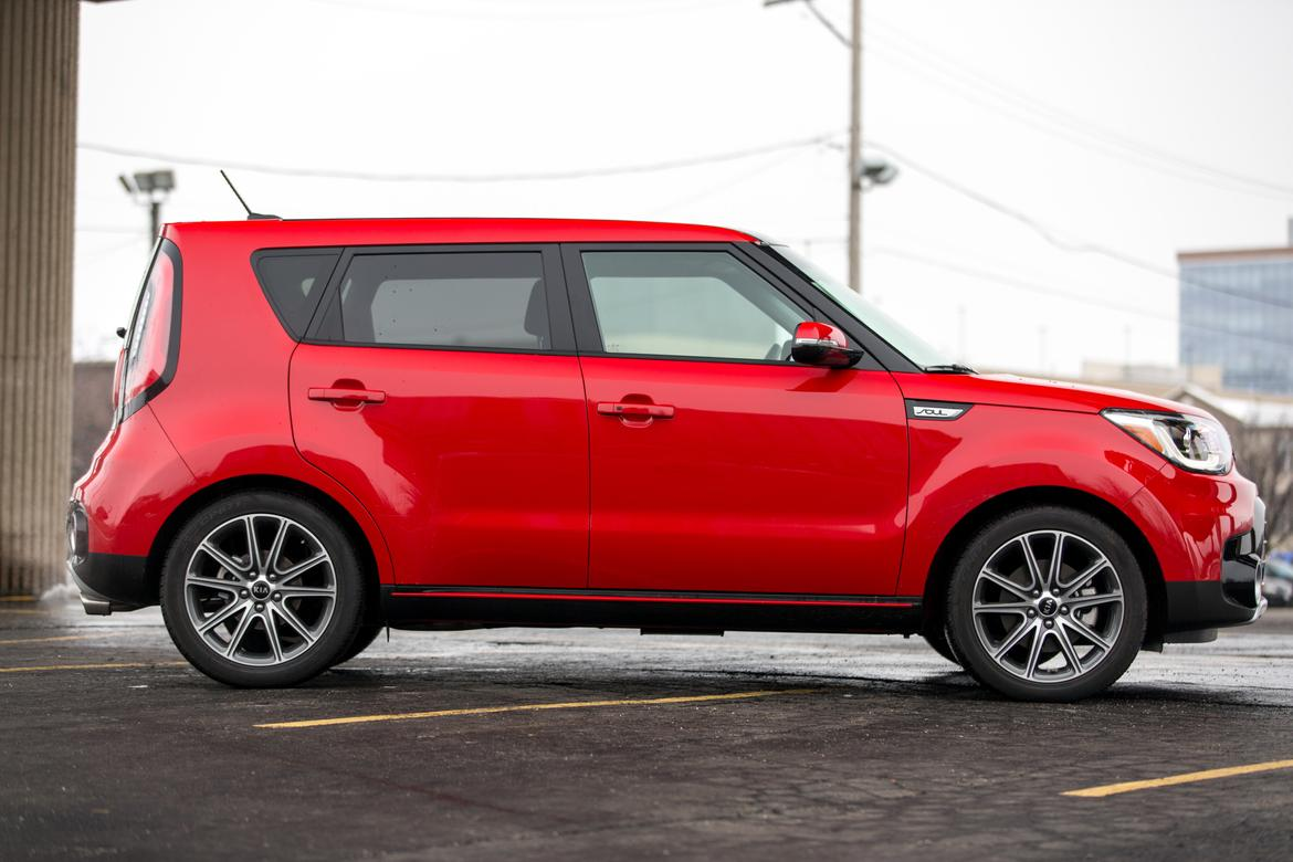 2017 kia soul our review. Black Bedroom Furniture Sets. Home Design Ideas