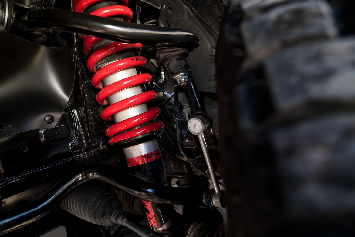 02-toyota-trd-pro-2019-detail--exterior--suspension.jpg