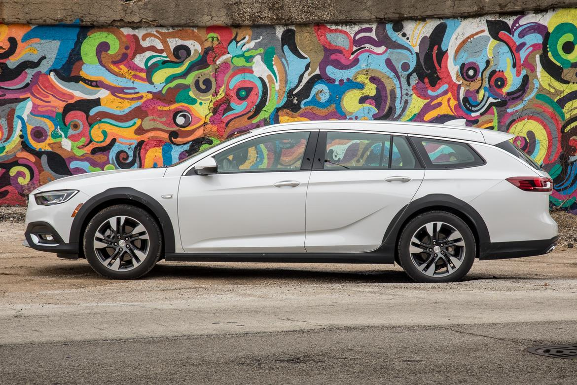 2018 Buick Regal Tourx Does The Wagon Improve On The