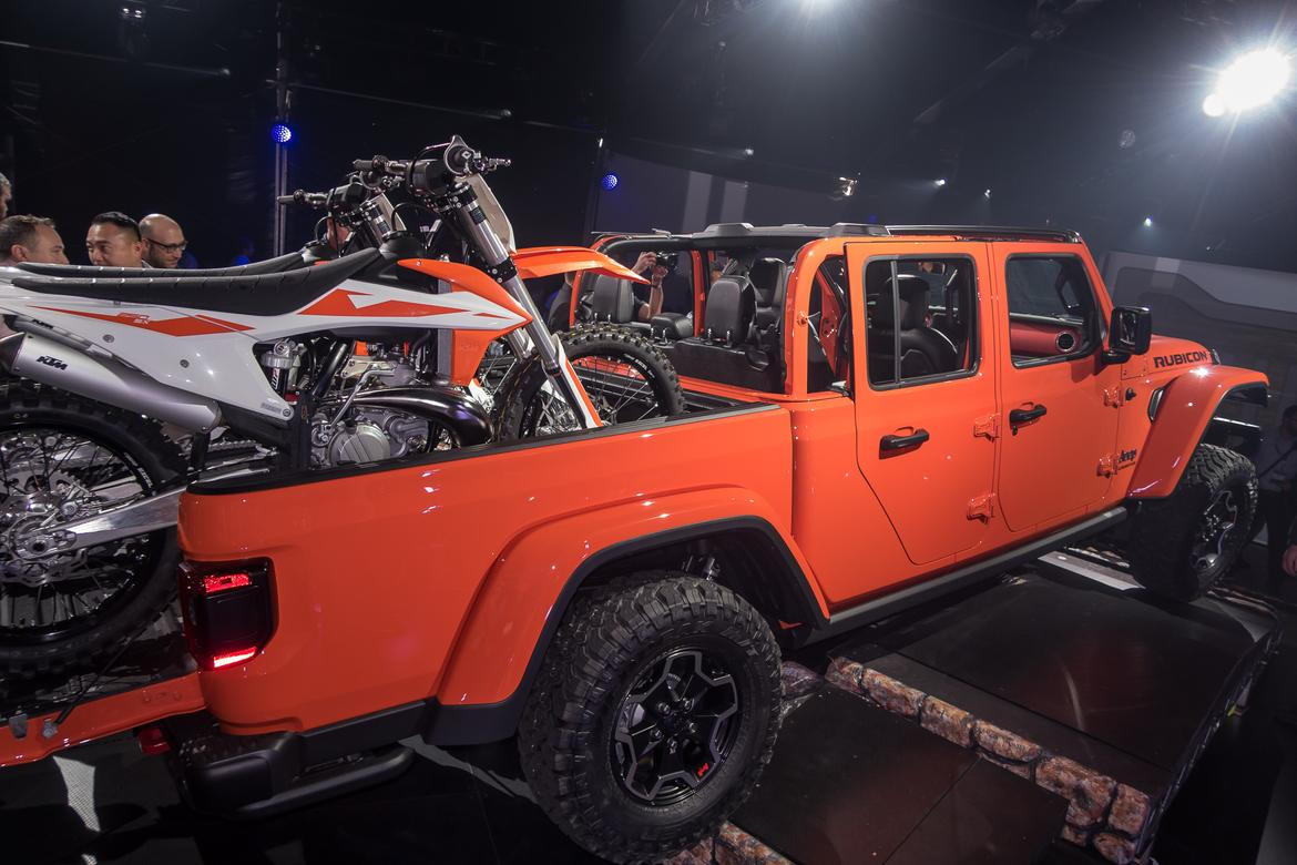 05-<a href=https://www.autopartmax.com/used-jeep-engines>jeep</a>-gladiator-2020.jpg