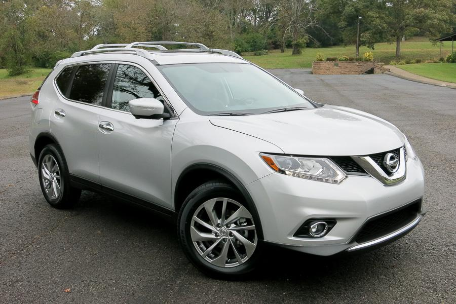 2014 nissan rogue our review. Black Bedroom Furniture Sets. Home Design Ideas