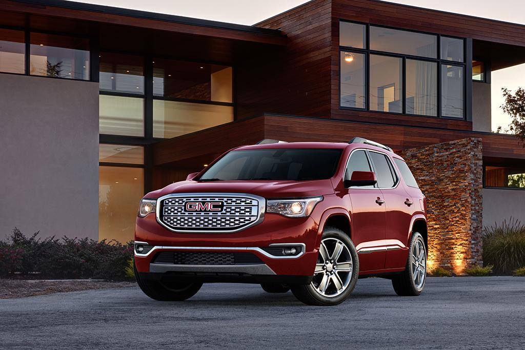 Unique 2017 GMC Acadia First Look  News  Carscom