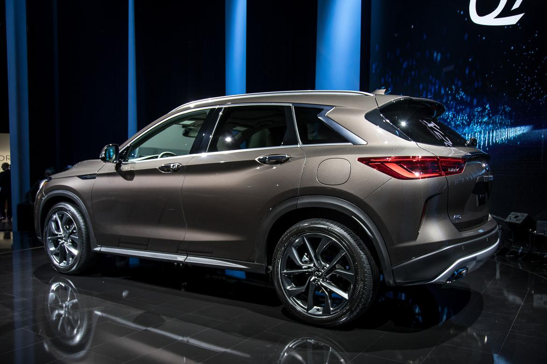 06-infiniti-qx50-2019-17LAAS--angle--autoshow--exterior--rear--s