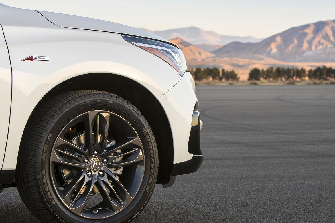 Acura to unveil 2019 RDX production version in NY