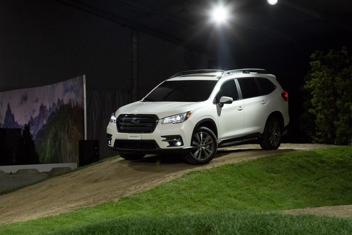 03 Subaru Ascent 2019 Angle Autoshow Exterior Front