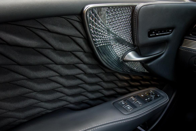 2018 Lexus LS 500h - Our Review | Cars.com