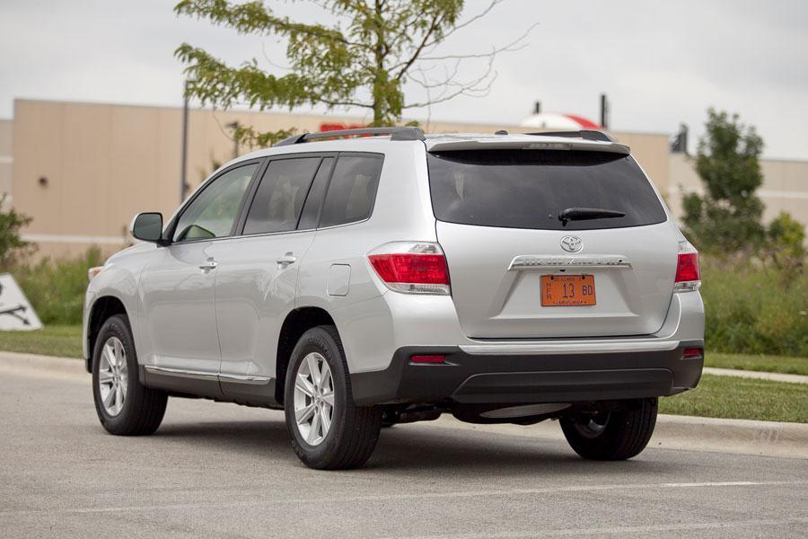 2012 Toyota Highlander Our Review Cars Com