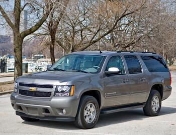 2008 chevrolet suburban our review. Black Bedroom Furniture Sets. Home Design Ideas