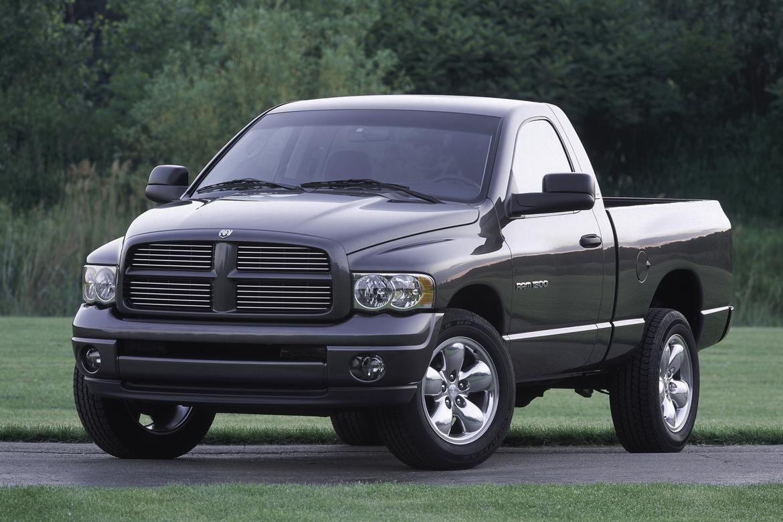 2004_Dodge_Ram_1500_mfr.jpg