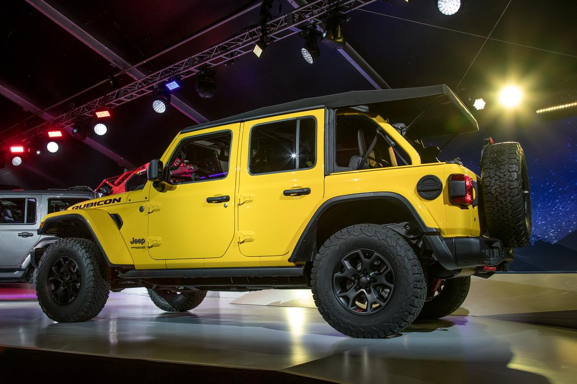 23-jeep-wrangler-unlimited-2018.jpg