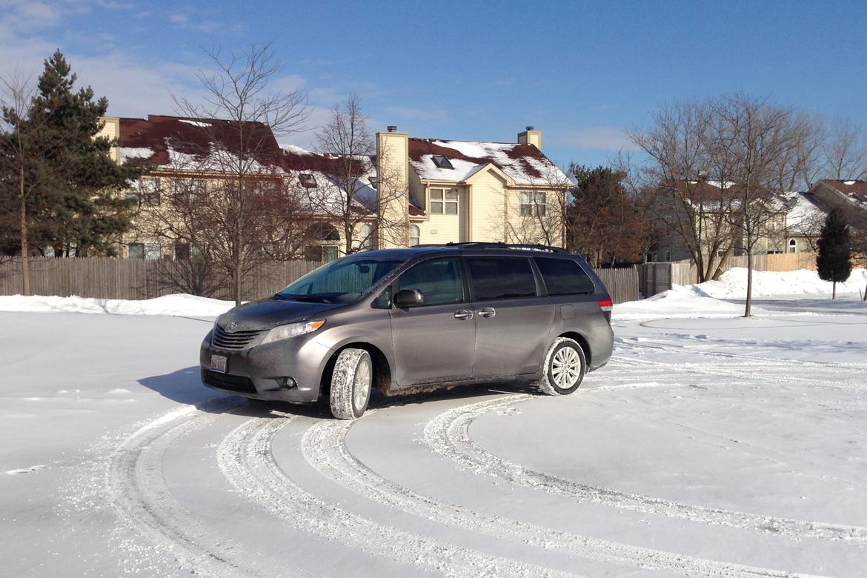 AWD_Minivan1_DT.jpg