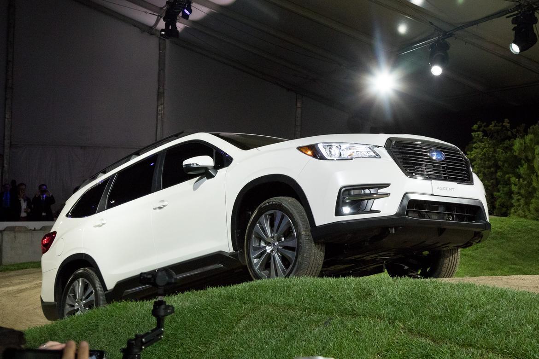 2019 Ascent Raises Subarus 3 Row Suv Game News Cars