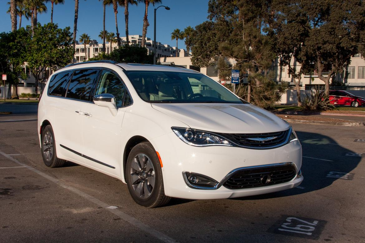 2018 chrysler hybrid pacifica. delighful hybrid for 2018 chrysler hybrid pacifica
