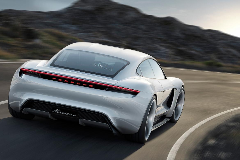 Porsche_Mission_E_rear_02.jpg