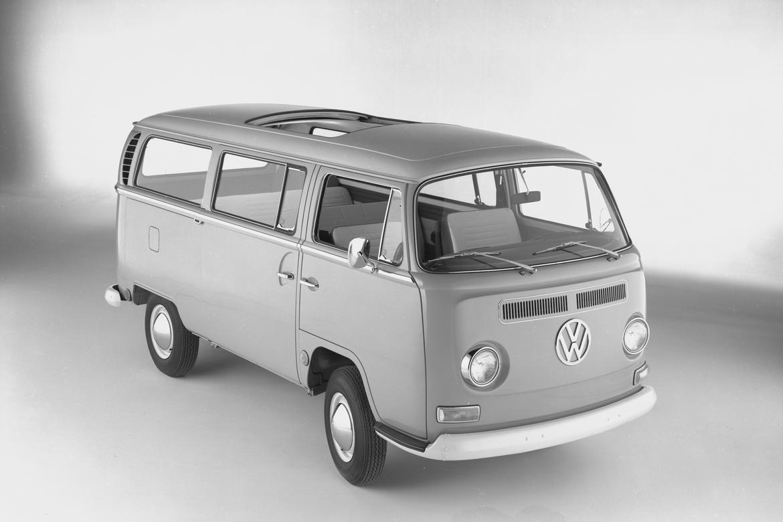 Seuss_69_Volkswagen_Microbus.jpg