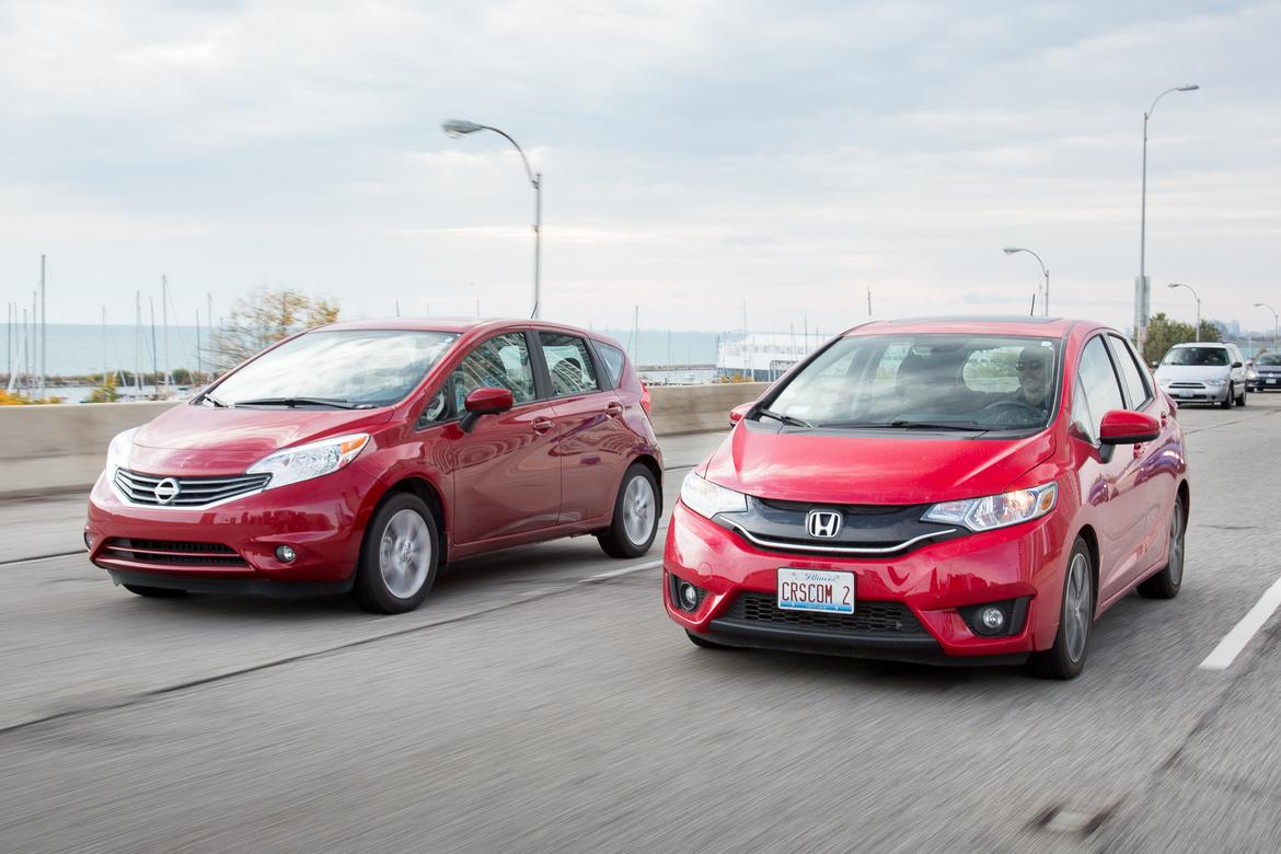 subcompact hatchback head to head honda fit and nissan versa note news. Black Bedroom Furniture Sets. Home Design Ideas