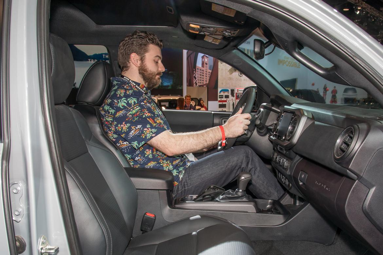 03-toyota-tacoma-2020-cabin--front-row--heartbeat--interior.jpg
