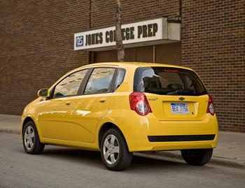 2009 chevrolet aveo our review. Black Bedroom Furniture Sets. Home Design Ideas