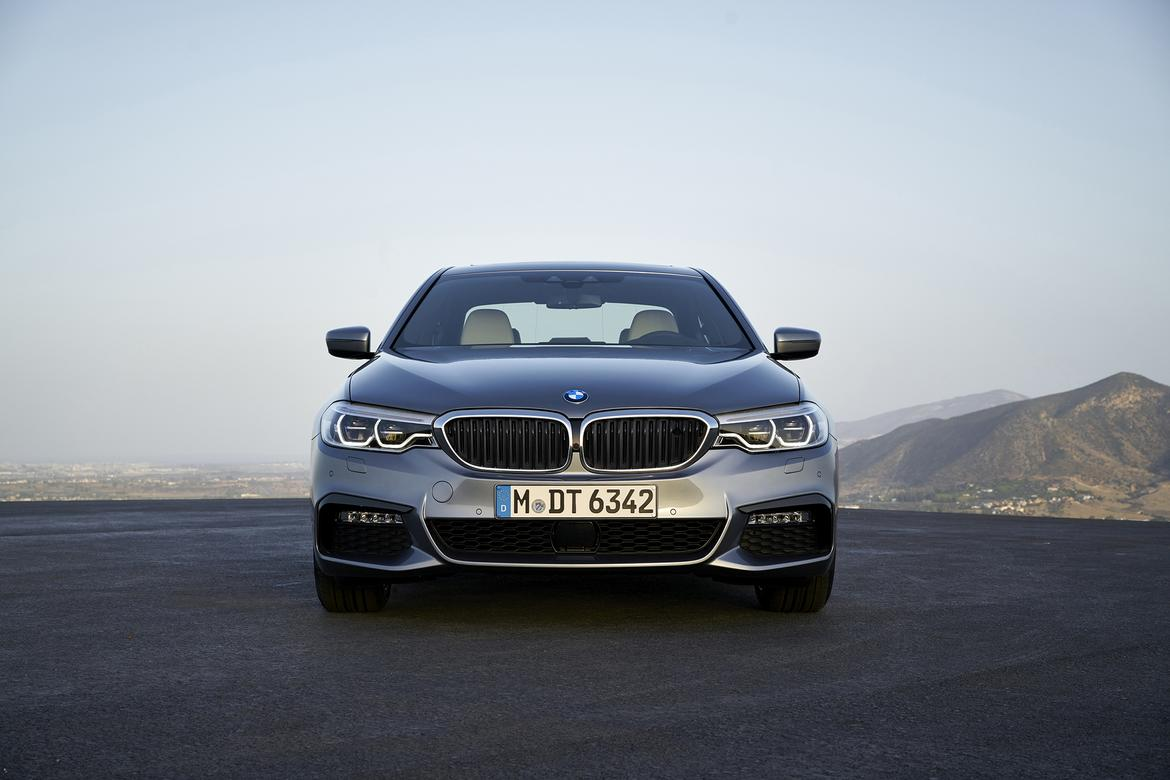 2017 BMW 5 Series Preview | News | Cars.com