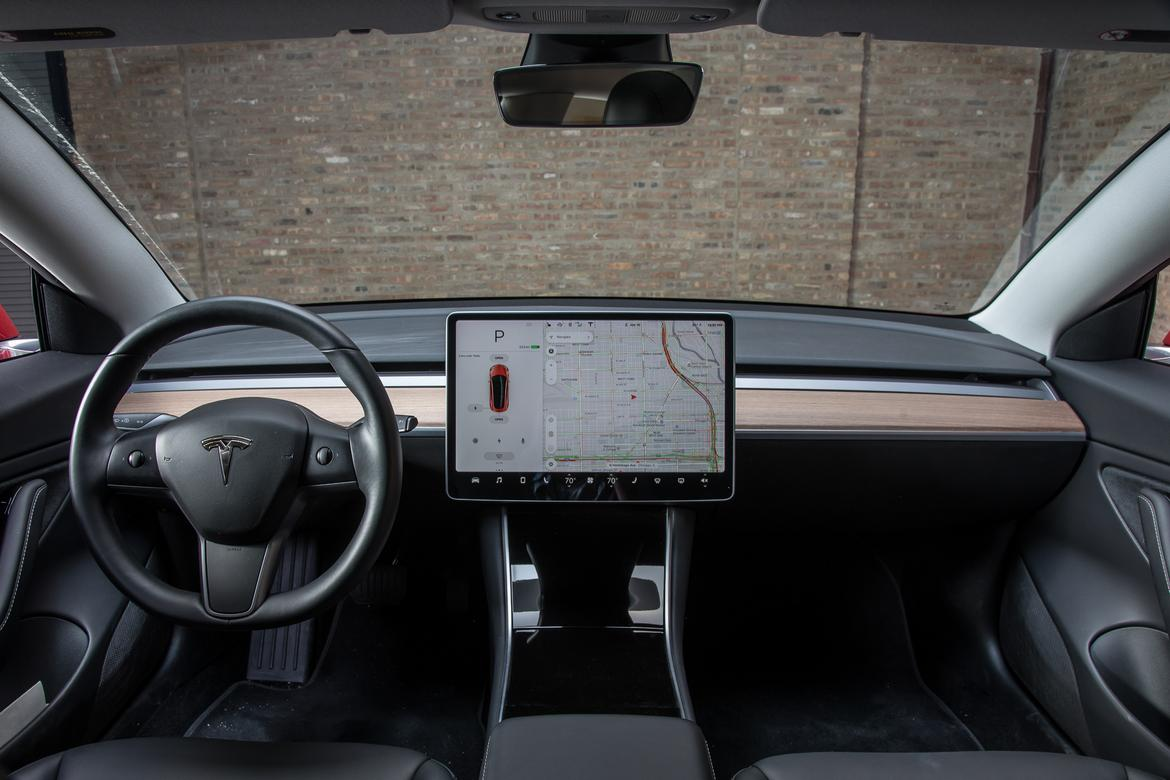 02-tesla-model-3-2018-front-row--interior--wide.jpg