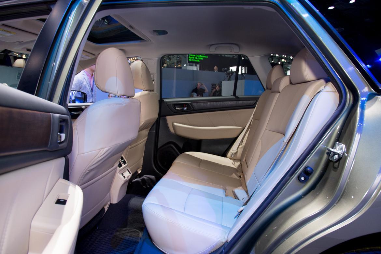 2018 subaru outback interior. Simple Subaru 18Subaru_Outback_AS_ES_22jpg To 2018 Subaru Outback Interior R
