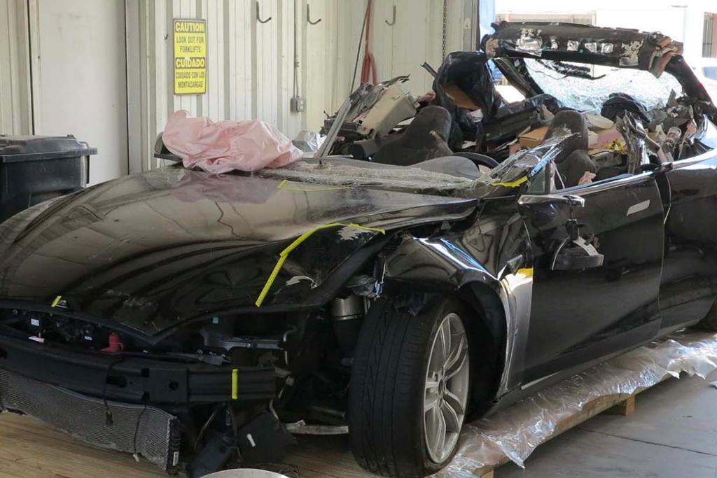 Tesla_crash_NTSB.jpg