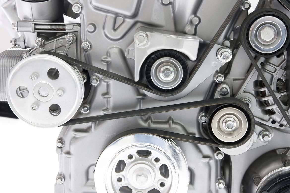How Often Should I Replace My Accessory Drive Belt News 2005 Avalon 3 5l Engine Diagram Huad262 Istock Thinkstock
