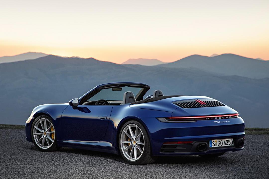 low_911_carrera_4s_cabriolet_2019_<a href=https://www.sharperedgeengines.com/used-porsche-engines>porsche</a>_ag (3).jpg