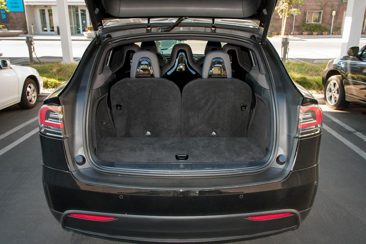 2016 tesla model x review quick spin news. Black Bedroom Furniture Sets. Home Design Ideas